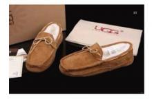 秋冬 激安大特価品質保証 カジュアルな UGGアグ 靴 メンズ モカシン 防寒