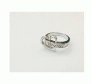 お買い得新品TIFFANY&CO ティファニー 指輪 ハート LOVE リング シルバー 華奢 かわいい レディース アクセサリー