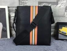 2018爆買い新作登場 バッグ、ショルダーバッグ  ヴァレンティ個性的な素材感も魅力