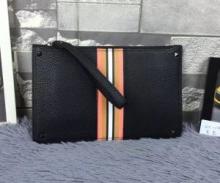 ヴァレンティノ 2018新作新品 高級感を演出する バッグ、ショルダーバッグ