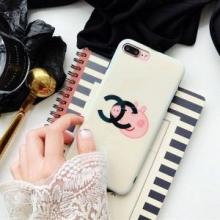 個性的な素材感も魅力 シャネル CHANEL iphone7 plus ケース カバー 注目作品