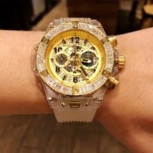 安さが自慢! ウブロ HUBLOT 2018年最旬トレンド 男性用腕時計 多色可選 セールで入手!