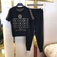 オススメな人気新作ヴィトン スーパーコピー Louis Vuittonセットアップ コーデ tシャツ ストリート コットン 爽やかさ トップス