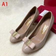 女性シューズ履きやすいferragamo ヴァラ・リボン 靴 サルヴァトーレフェラガモ コピー  パンプス オシャレ 上品 01B221 688993
