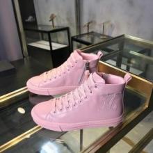 注目度も高い2019ブランド ヴィトン ランアウェイライン スニーカー Louis Vuitton コピー ピンク 女性靴 秋冬コーデ