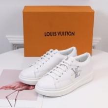おしゃれに着たい新作Louis Vuittonヴィトンスニーカー コピー 履きこなす 大人カジュアル2019人気ランキング ブランド