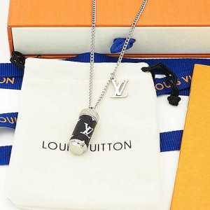 偽 ブランド_人気NO.1プレゼントLouis Vuitton ヴィトン コピー 品M63641コリエチャームズ モノグラムエクリプス ネックレス 新作