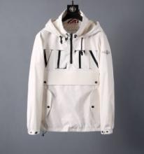 大人っぽさや重厚感をカジュアル VALENTINO フード付きコート 2色可選 2019-2020年秋冬シーズンの新作