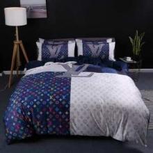 お値段ルイ ヴィトン 安い品物布団カバーセット Louis Vuitton ブランド 高級素材 ベットセット 人気ランキング 寝具セット