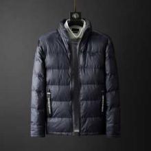 ダウンジャケット メンズ 防寒性とデザイン性非常に優れ アルマーニ 2019-2020年秋冬シーズンの新作  ARMANI 秋冬コーデに抜け感おすすめ