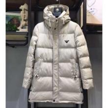 ARMANI 今年からは大注目人気アイテム  アルマーニ 2019-2020年秋冬シーズン新商品の防寒着  ダウンジャケット メンズ 暖かさに定評のある新作
