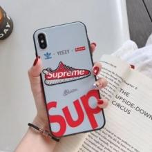 引き続きトレンド人気色  スマートフォンケース シュプリーム 優しい雰囲気を醸し出し  SUPREME 早速2019-2020年秋冬のトレンド登場