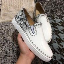お買い得大人気CHRISTIAN LOUBOUTINクリスチャンルブタン 靴レザースリッポンスニーカーローカットシューズ