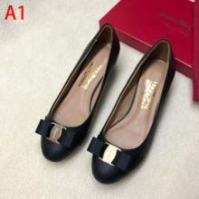 カジュアルシューズferragamo 靴 歩きやすい ヴァラ・リボン パンプス サルヴァトーレフェラガモ通販 クッション性に優れE 01B221 695370