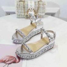 20代女性に高級 ブランドChristian Louboutin サンダル 履き心地 ルブタン 靴 コピー 通販 値段安い 春夏 コーデ 美足