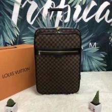 LOUIS VUITTON ルイ ヴィトン スーツケース 超カッコイイ 2019春夏新作 バカ売れ継続中