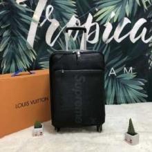 SUPREME シュプリーム スーツケース 毎年大人気のアイテム 希少 2019限定品海外即発