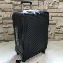 デイリーにおすすめの1品 スーパー コピー ブランド コピー スーツケース 超カッコイイ 2019春夏新作