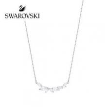 SWAROVSKI ペンダント 人気 スワロフスキー ネックレス 値段 安い コピー プレゼント アクセサリー 通販 評判高い