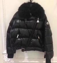 2019最新コラボ  厳しい寒さに耐える ダウンジャケット MONCLER せっかくならファッションの秋冬新作