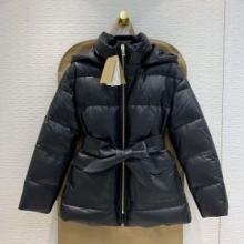 今シーズンの新作防寒着  2色可選  ダウンジャケット 実用性にも優れた秋冬新作 バーバリー BURBERRY 先取り2019/2020秋冬ファッション