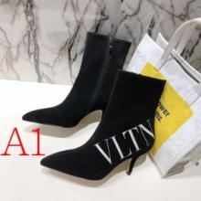 レザーブーツ 3色可選 大人気のブランド安い買い物  ヴァレンティノ 2019秋冬の人気アイテムセール  VALENTINO  今季も取り入れやすいコーデ