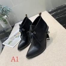 歩きやすさ抜群ヴィトン靴コピー通販 レディースファッションブランドブーツLouis Vuitton 新品2020期間限定人気色